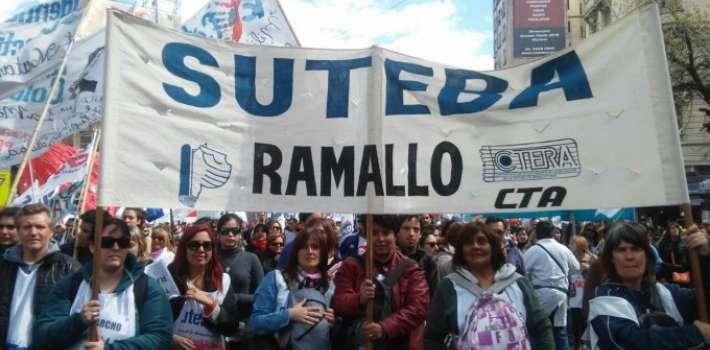 """Grave amenaza a una docente de Ramallo: le escribieron en el auto """"acordate de Corina"""""""