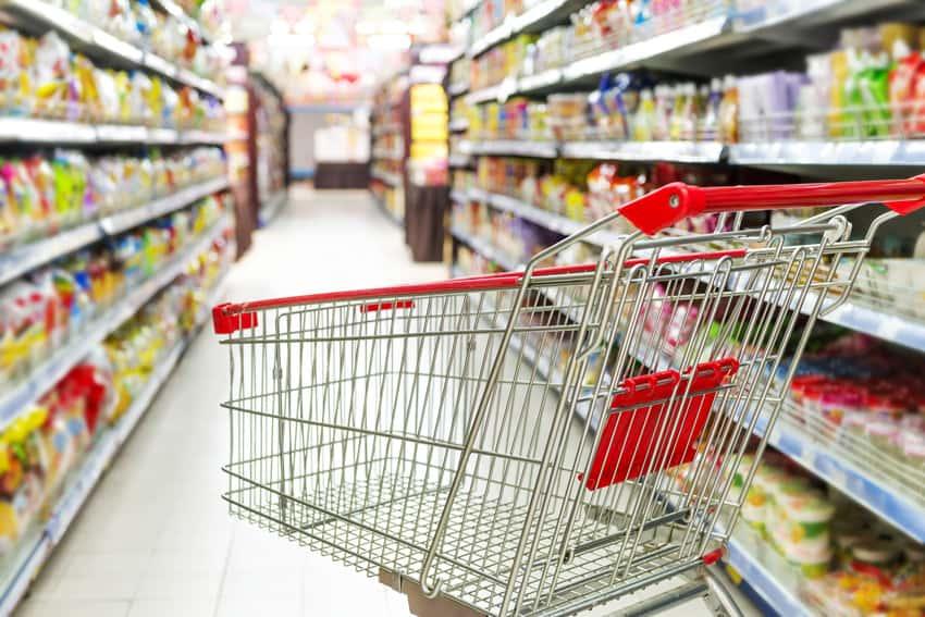 Se desplomaron las ventas minoristas, cayeron un 13,4% en abril