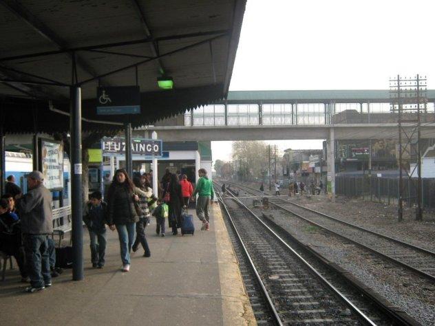 Ituzaingó: cierran el acceso a la estación por la calle Juncal 1