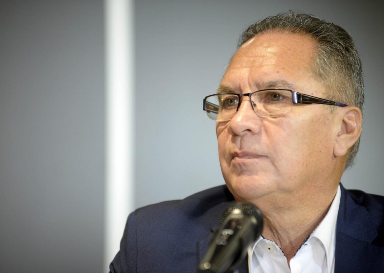 Fuerzas federales que no llegan y el intendente Descalzo enojado propone la policía local