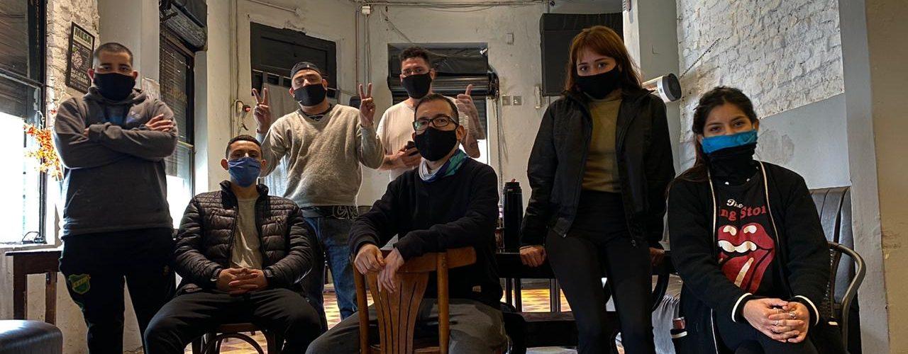 Trabajadores recuperan una pizzería, es la primera empresa cooperativa  nacida durante la pandemia