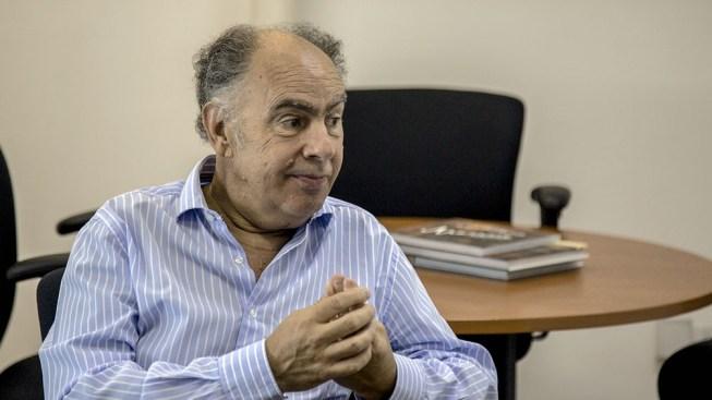 Mario Cafiero internado en grave estado 1