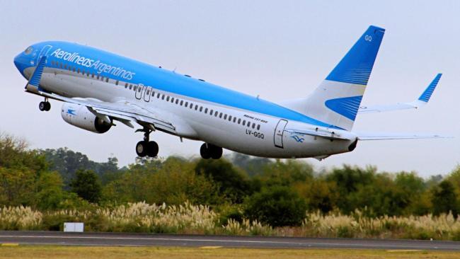 Habilitan los micros de larga distancia y los vuelos de cabotaje con restricciones 1