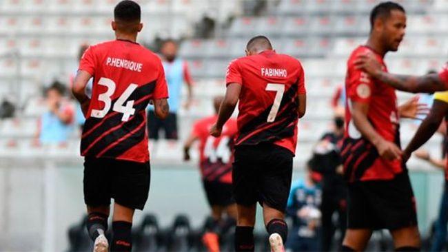 Paranaense con seis casos positivos para el encuentro de Libertadores 1