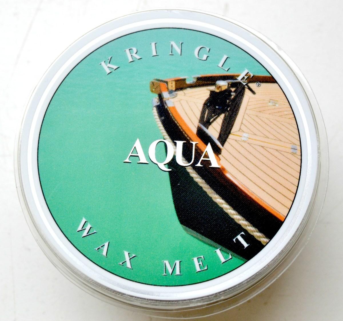 Aqua von Kringle Candle