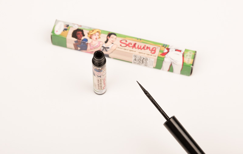 The Balm, Schwing, Eyeliner, The Balm Schwing Eyeliner, bester, wing, review, test, Erfahrung, Erfahrungen, Erfahrungsbericht, review, Black, schwarz,