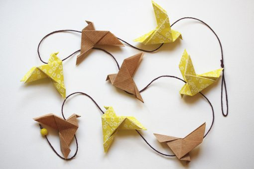 Guirlande oiseaux origami kraft et jaune