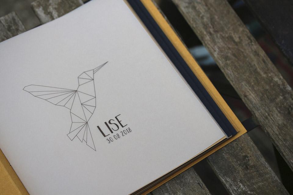 Carnet premiers souvenirs, Lise