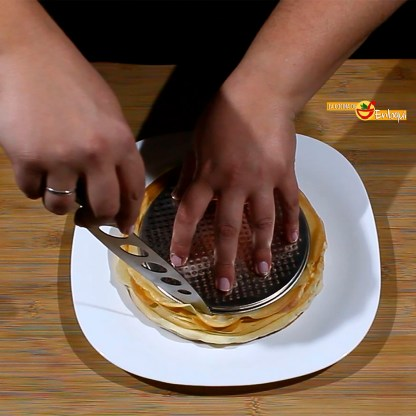 19.04.17 Tarta de crepes con nata y chocolate (pap4)