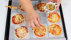 Mini pizzas en obleas de empanadillas