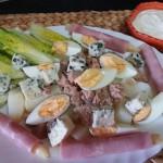 Ensalada de patatas con salsa mayonesa y yogurt