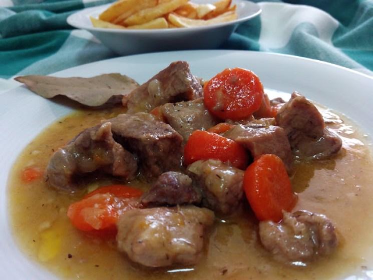 magro de cerdo en salsa receta facil, magro estofado