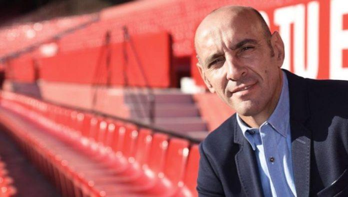 Monchi continuará en el Sevilla