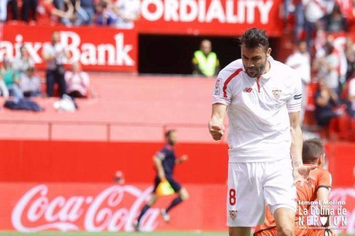 Se aceleran las salidas en el Sevilla