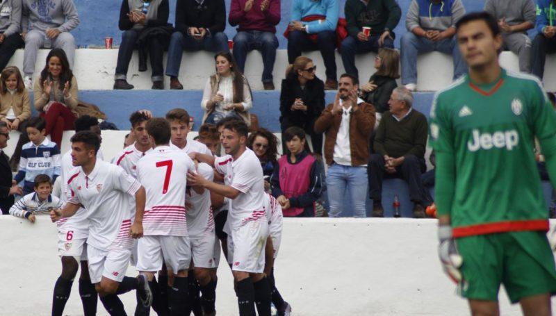 Celebración del gol de Curro que daba la clasificación al Sevilla FC en la UYL | Imagen: Sevilla FC