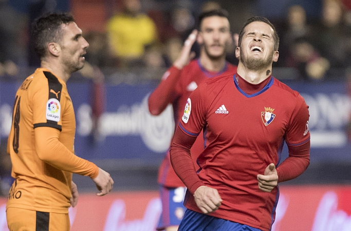 Un Osasuna colista busca renacer ante el Sevilla