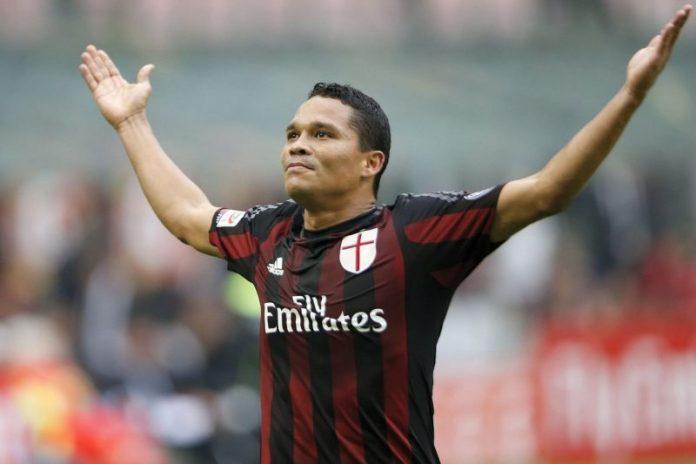 Dos millones al Milán por Bacca
