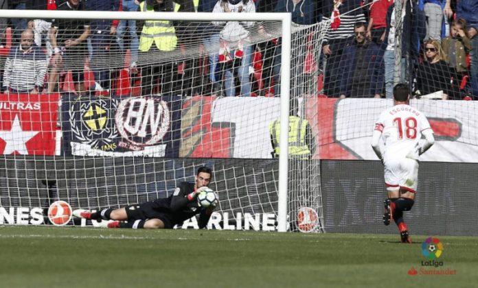 Sergio Rico y Correa acaban con el mal bagaje en Nervión