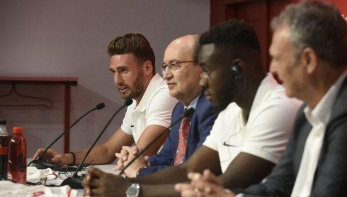 Sergi Gómez: «La afición del Sevilla impacta»