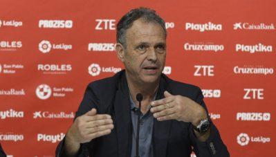 Caparrós descarta a André Silva y analiza el duelo ante el Betis y el estado anímico de la plantilla