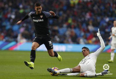 El Sevilla resucita al Real Madrid con el peor partido de la temporada