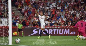 Joan Jordán, celebrando el tanto mientras el balón se cuela en la portería del Granada | Imagen: La Colina de Nervión - Javier Barroso