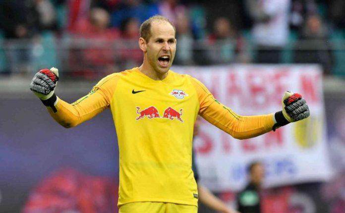 El Sevilla oferta hasta doce 'kilos' por Gulácsi