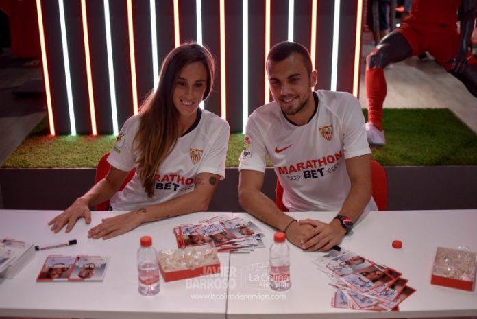 Las mejores fotos del acto de firmas de Maite Albarrán y Joan Jordán