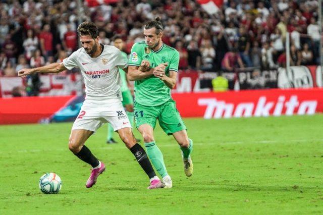 Franco Vázquez pugna con Bale durante el Sevilla - Real Madrid   Imagen: Sevilla FC