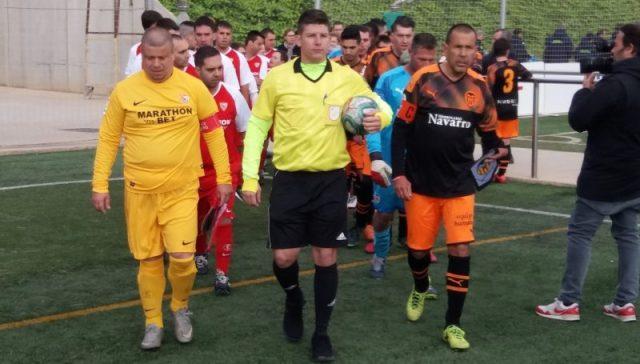 El Sevilla Genuine, antes del comienzo de su partido con el Valencia Genuine |Imagen: Sevilla FC