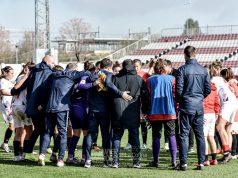 El Sevilla Femenino celebrando la victoria en el partido frente al Sporting Huelva   Imagen: La Colina de Nervión - Javi Barroso