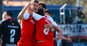 Luuk de Jong, celebrando junto a sus compañeros el primer tanto del Sevilla ante el Escobedo en la segunda ronda de Copa del Rey | Imagen: Sevilla FC