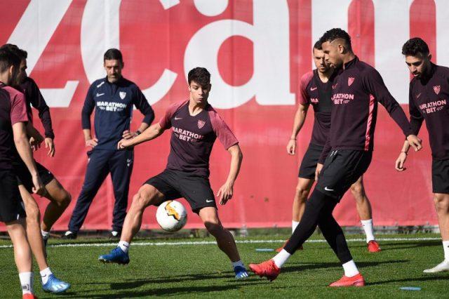 Óliver Torres, durante un entrenamiento de Julen Lopetegui en el Sevilla FC | Imagen: Sevilla FC