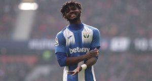 Awaziem, posible fichaje del Sevilla FC para la defensa