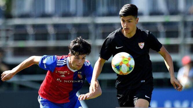 Otra perla del Sevilla FC desata el interés de los grandes europeos