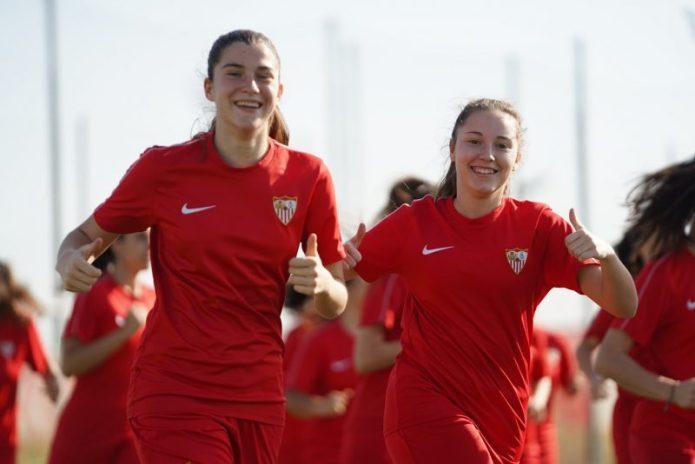 La jovencísima Nazaret, jugadora del Sevilla FC Femenino hasta 2022