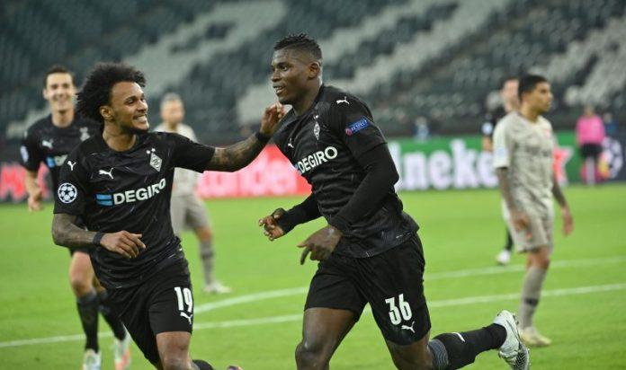 Embolo celebrando un gol frente al Shaktar.
