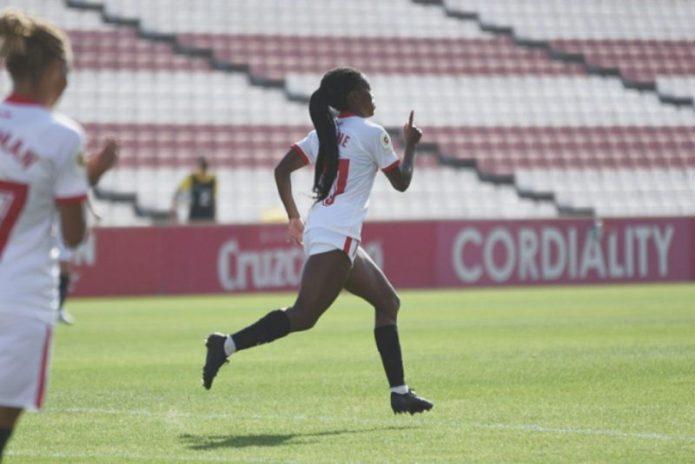 El Femenino afina puntería y consigue la primera victoria de la temporada