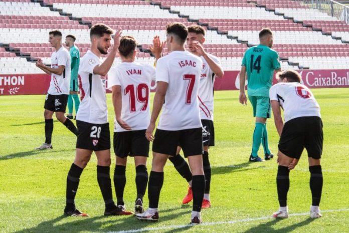 Un Sevilla Atlético en horas bajas visita al líder