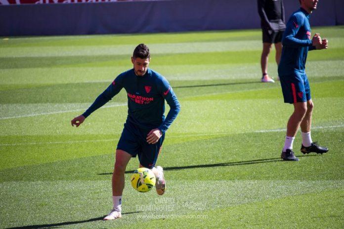 Sergio Escudero, positivo por COVID-19