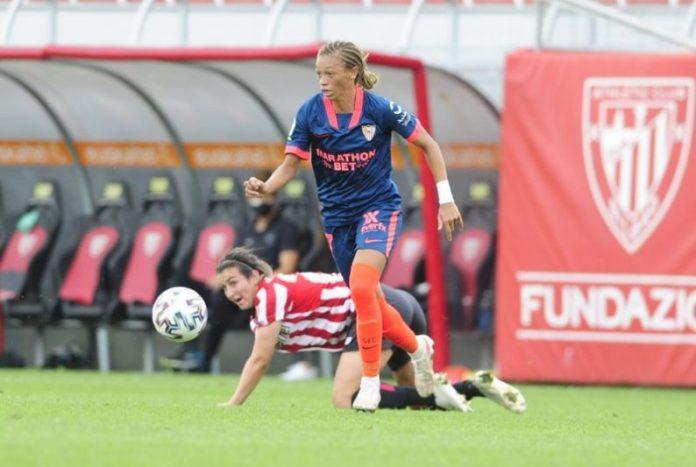 Zenatha Coleman en el partido entre el Athletic Club Femenino y el Sevilla FC Femenino