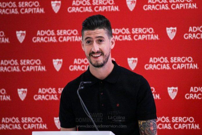 Sergio Escudero: «Cada vez que vestí la camiseta del Sevilla FC, di todo de mí»