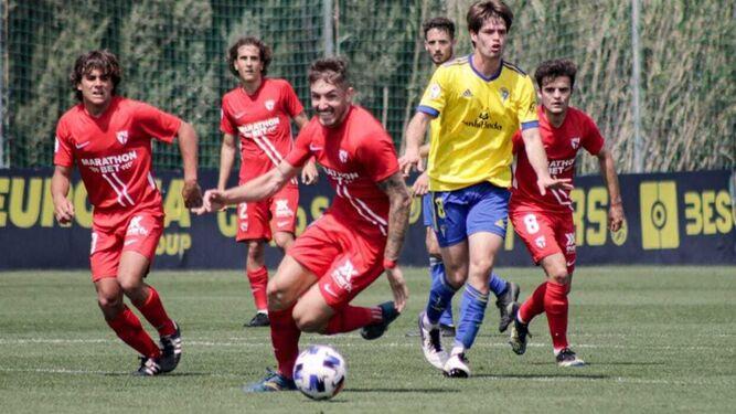 Antonio Casas y Simo no continuarán en el Sevilla Atlético
