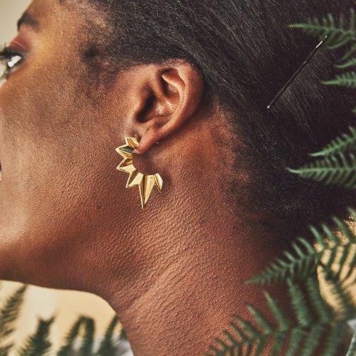 Fracture gold half hoop earrings