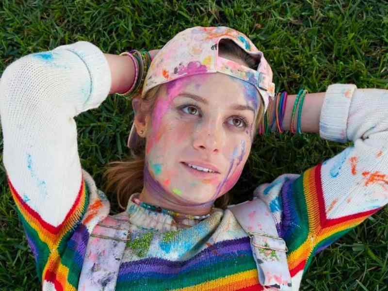 Brie Larson dirige y protagoniza Tienda de Unicornios