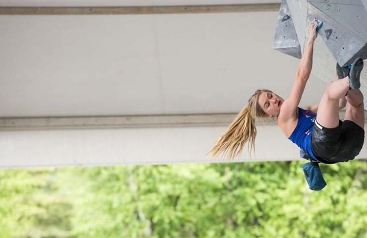Shauna Coxsey am Weltcup in Vail