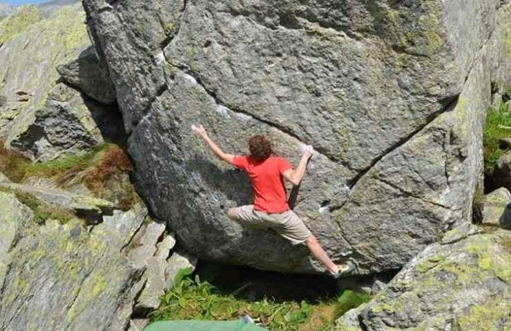 Dem Tessiner Giuliano Cameroni gelingt 8c-Erstbegehung Hazel Grace am Gotthardpass