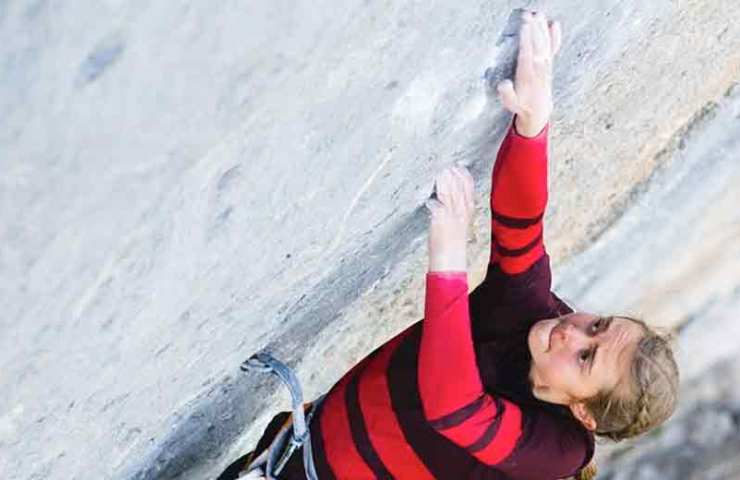 Margo Hayes climbs biography again 9a +