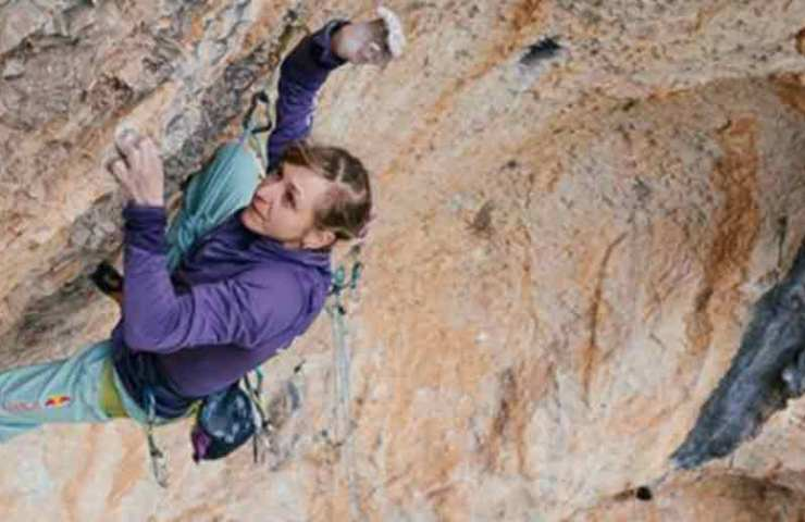 Record: Angela Eiter climbs as the first woman 9b