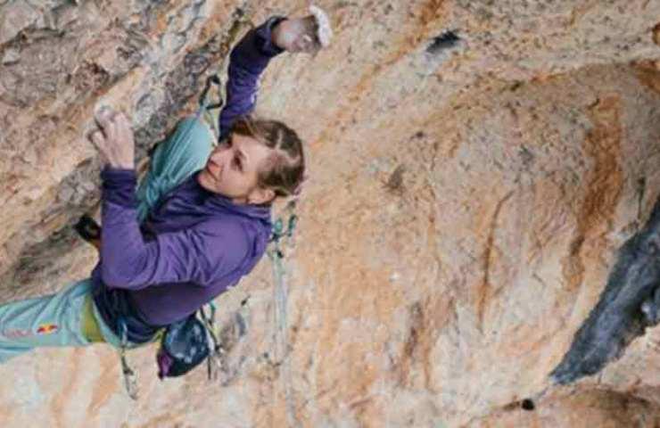 Rekord: Angela Eiter klettert als erste Frau eine 9b